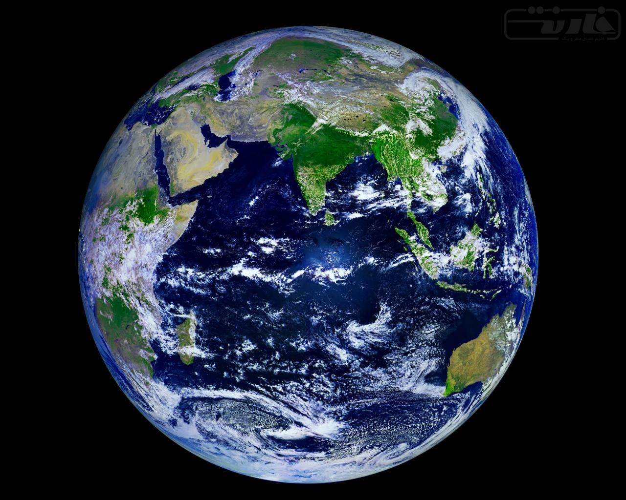 عکس کره زمین با کیفیت